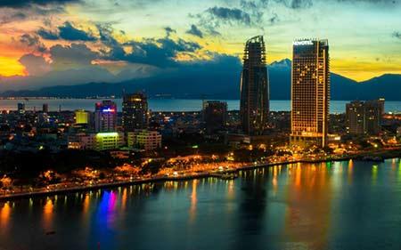 Private car transfer from phu bai airport (hue city) to da nang