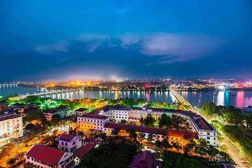 Da Nang to Hue transfer by private car - Car from Da Nang to Hue