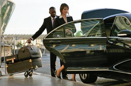 Private transfer from Ho Chi Minh Airport to Hotels in Central